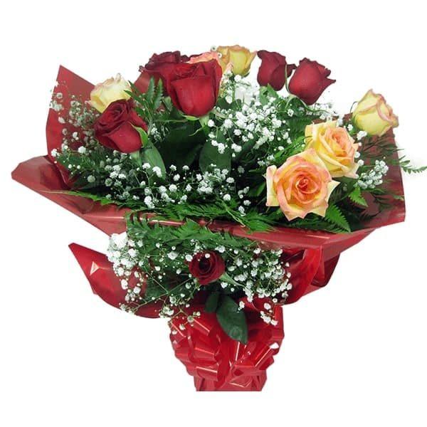 Buquê Amor com 12 rosas Mistas