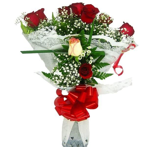 Buquê Amor com 7 Rosas Frente