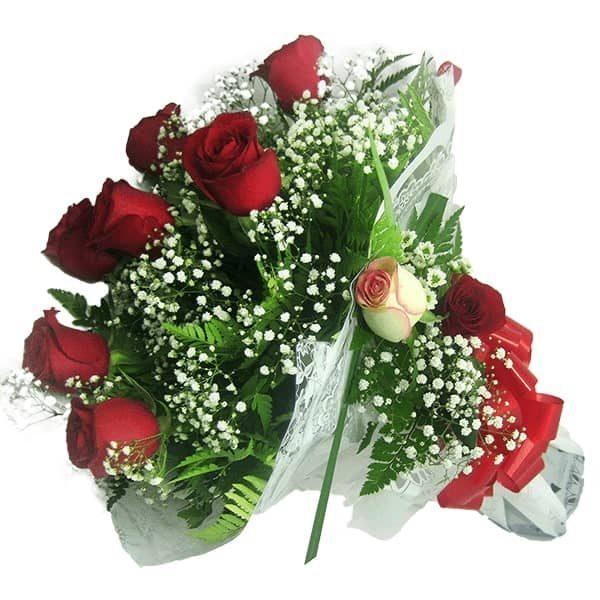 Buquê Amor com 7 Rosas Inclinado