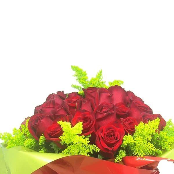 Buquê Amor com 48 Rosas Perto
