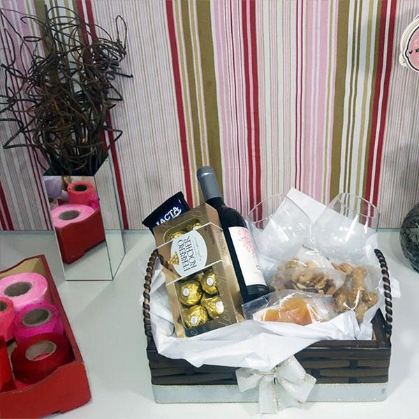 Kit Vinho e Chocolates Still
